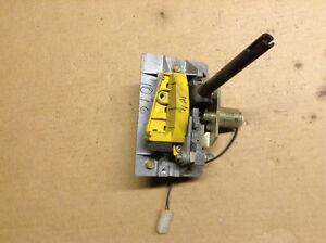 95 94 bmw 525i manual floor gear stick shift assembly m33. Black Bedroom Furniture Sets. Home Design Ideas