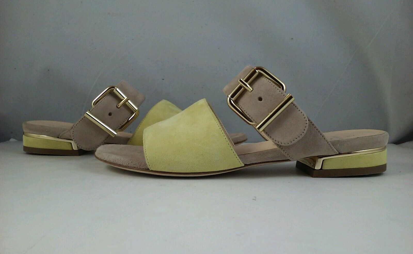 Aquatalia by Marvin K Abash Women's Yellow Stone Suede Sandals Size 6.5 B