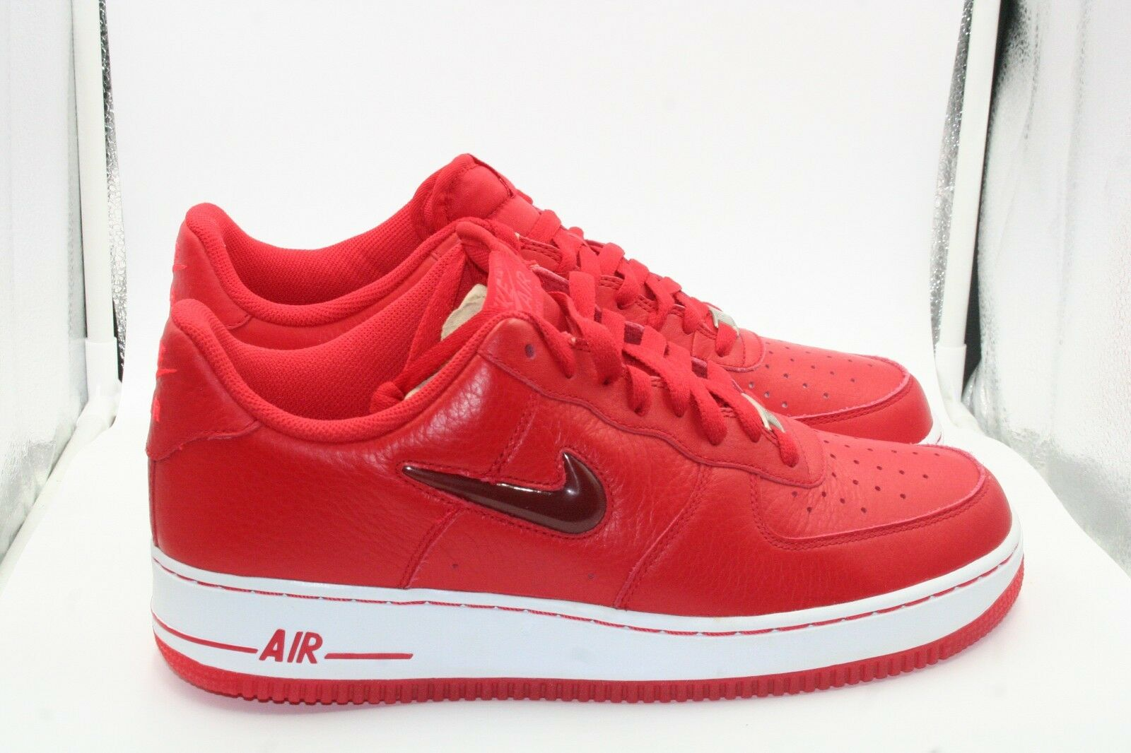 7ec43cf164 Nike Nike Nike Air Force 1 Low Jewel Check Swoosh Sport Red White DS Size  10.5