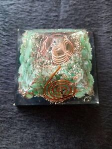 Green-Chrysoprase-Stone-Natural-Organite-Orgone-50-mm-Pyramid-Reiki-Coil