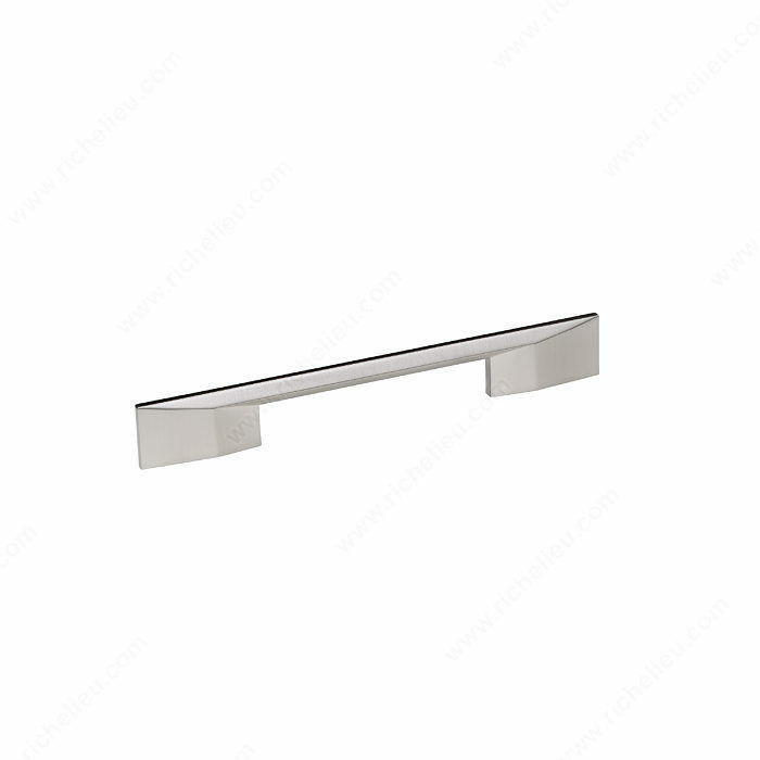 Richelieu Hardware - Contemporary Metal Pull - 687