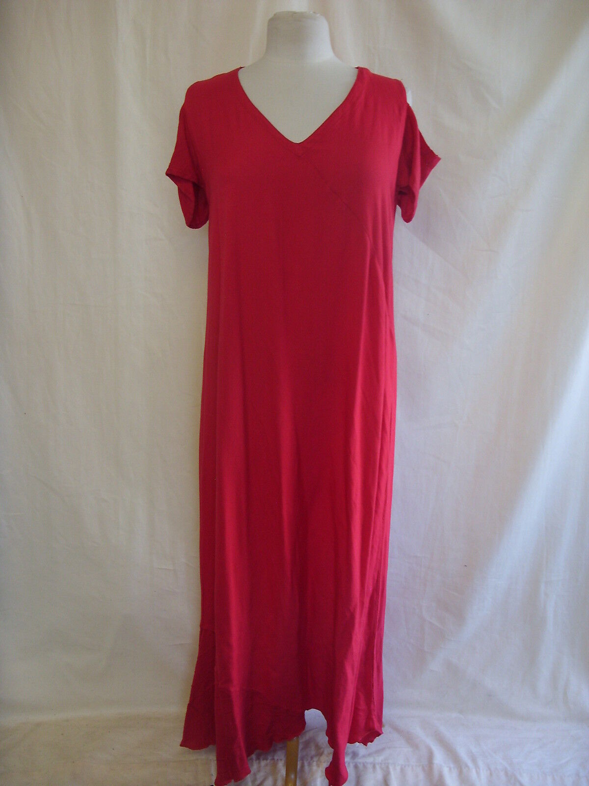 Ladies Dress - Kasbah, size 12 14, 37  bust, red, long, revealed shoulder 2365