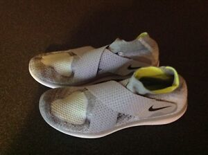 Nike-Free-Flyknit-Zapatillas-para-hombre-gris-rn-2017-Reino-Unido-9-Nuevo-Run