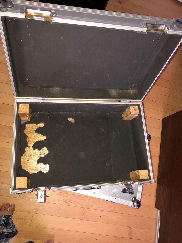 Flightcase, Colling Wood