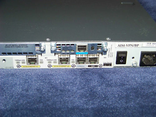 Cisco 2621 Router 2FE 64MB //16MB AIM-VPN//BP WIC-1DSU-T1