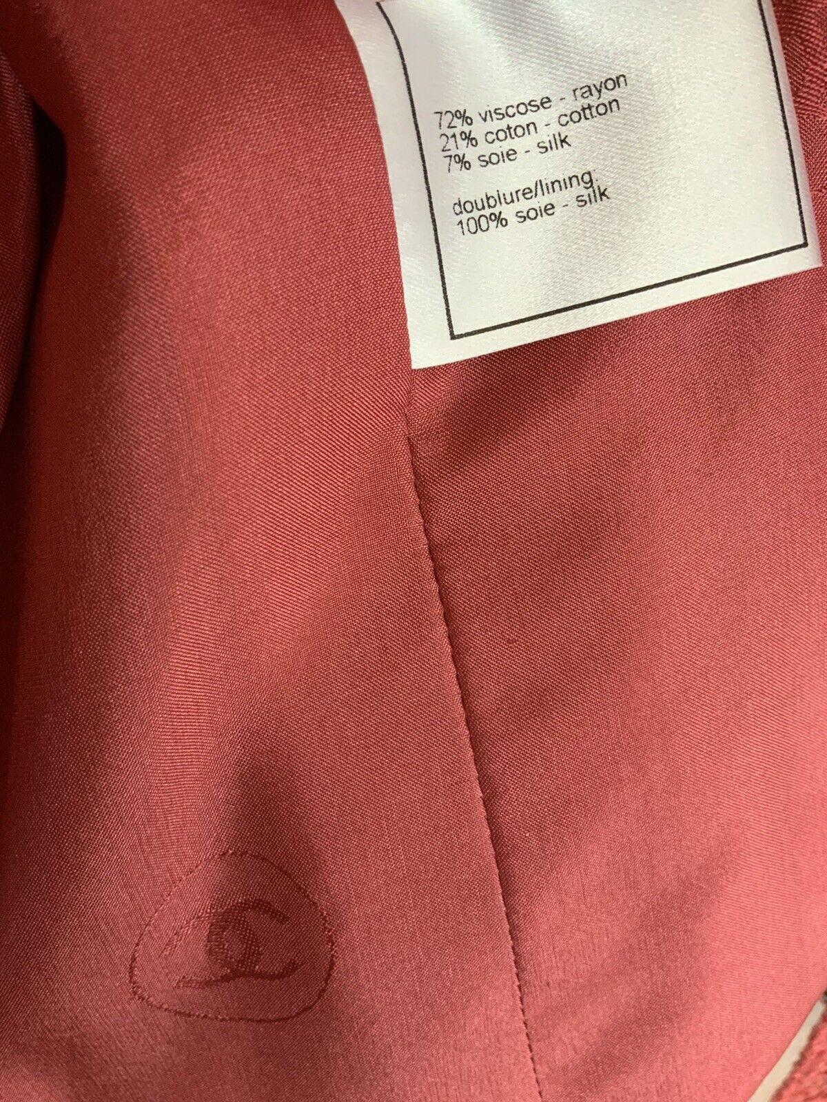 Authentic Chanel jacket - image 9