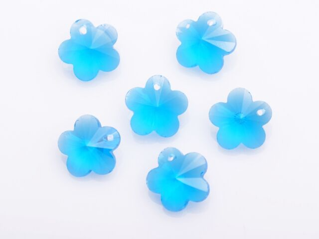 10pcs Lake Blue Faceted Flower Crystal Glass Beads Loose Charm Pendants 14x14mm