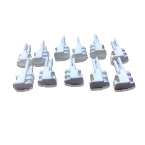 Carrera GO 1/43 Scale 14 x Fence Clips