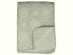 Chic-Antique-Quilt-Tagesdecke-Decke-Steppdecke-dusty-gruen-Blumen-130-x-180-cm