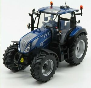 UNIVERSAL HOBBIES 1/32 NEW HOLLAND   T5.140 AUTO COMMAND BLUE POWER TRACTOR 2...