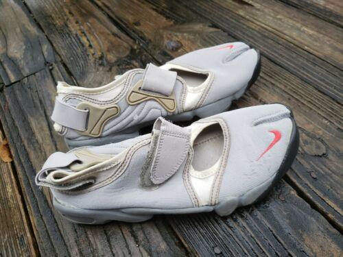 Nike Men's Air Rift Grey and White sz 8