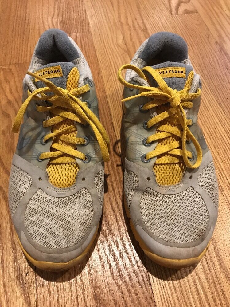 NIKE Fly Wire LIVESTRONG Running Dynamic LUNARLON Athletic Womens shoes Sz 9.5