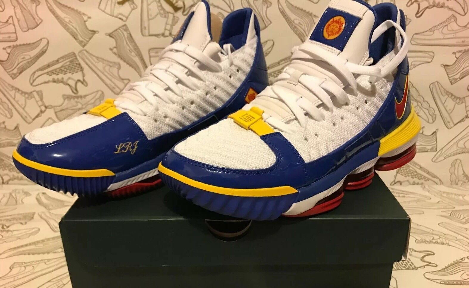 NIKE LEBRON XVI 16 SB SUPERBRON CD2451-100 bluee Red Yellow Men SZ 8.5=WMNS 10