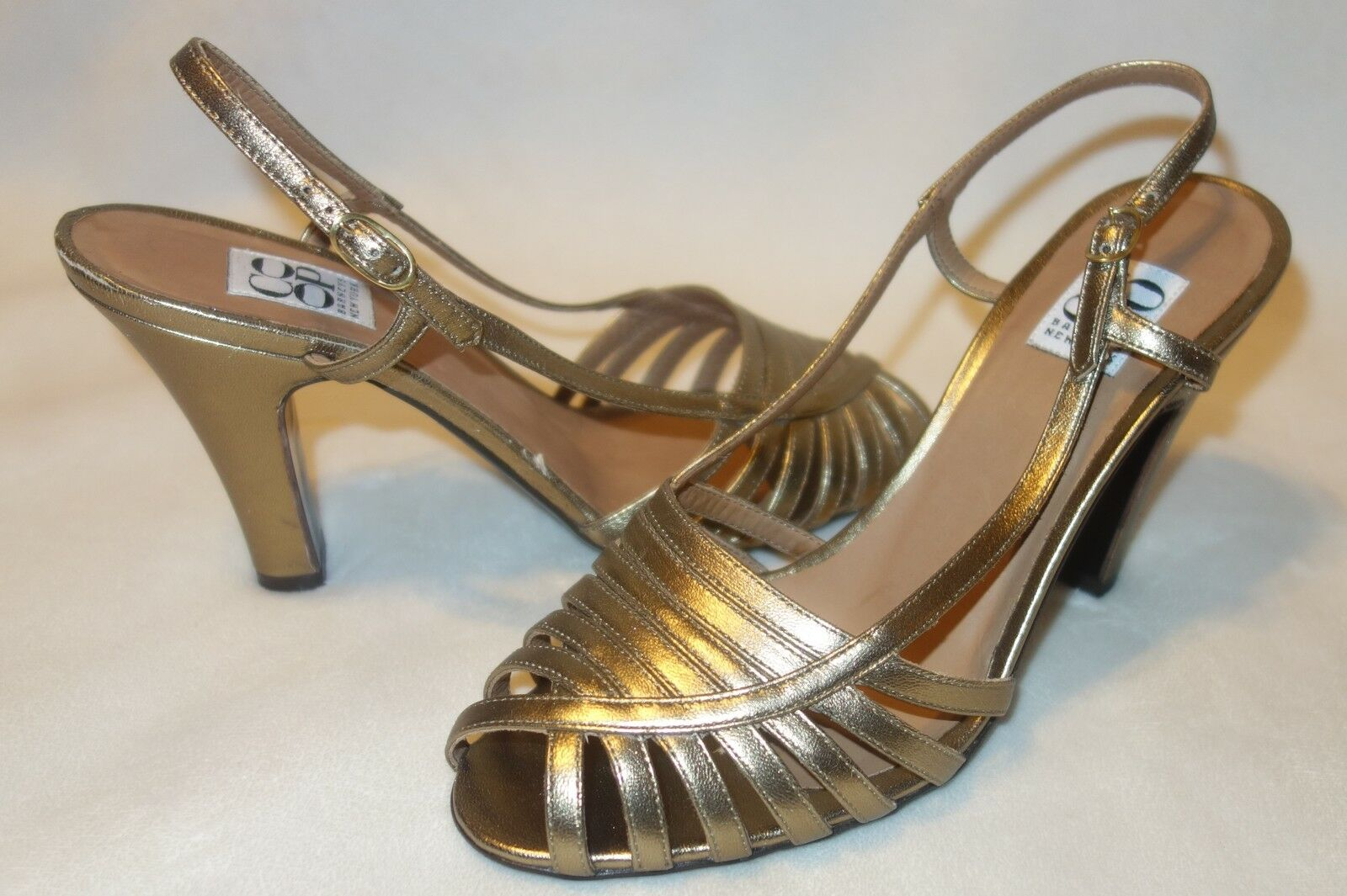 Barneys Co-op Schuhes - Gold new Leder Sandales SZ 38.5 new Gold 94a99d