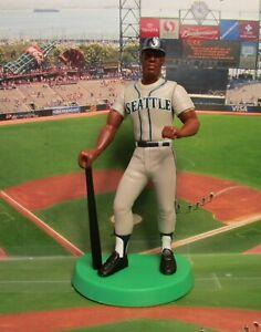 2000 Ken Griffey Jr Starting Lineup (SLU) TEAM OF THE 90's Loose Baseball Figure