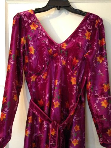Vintage 70s Betsey Johnson Alley Cat velvet purple