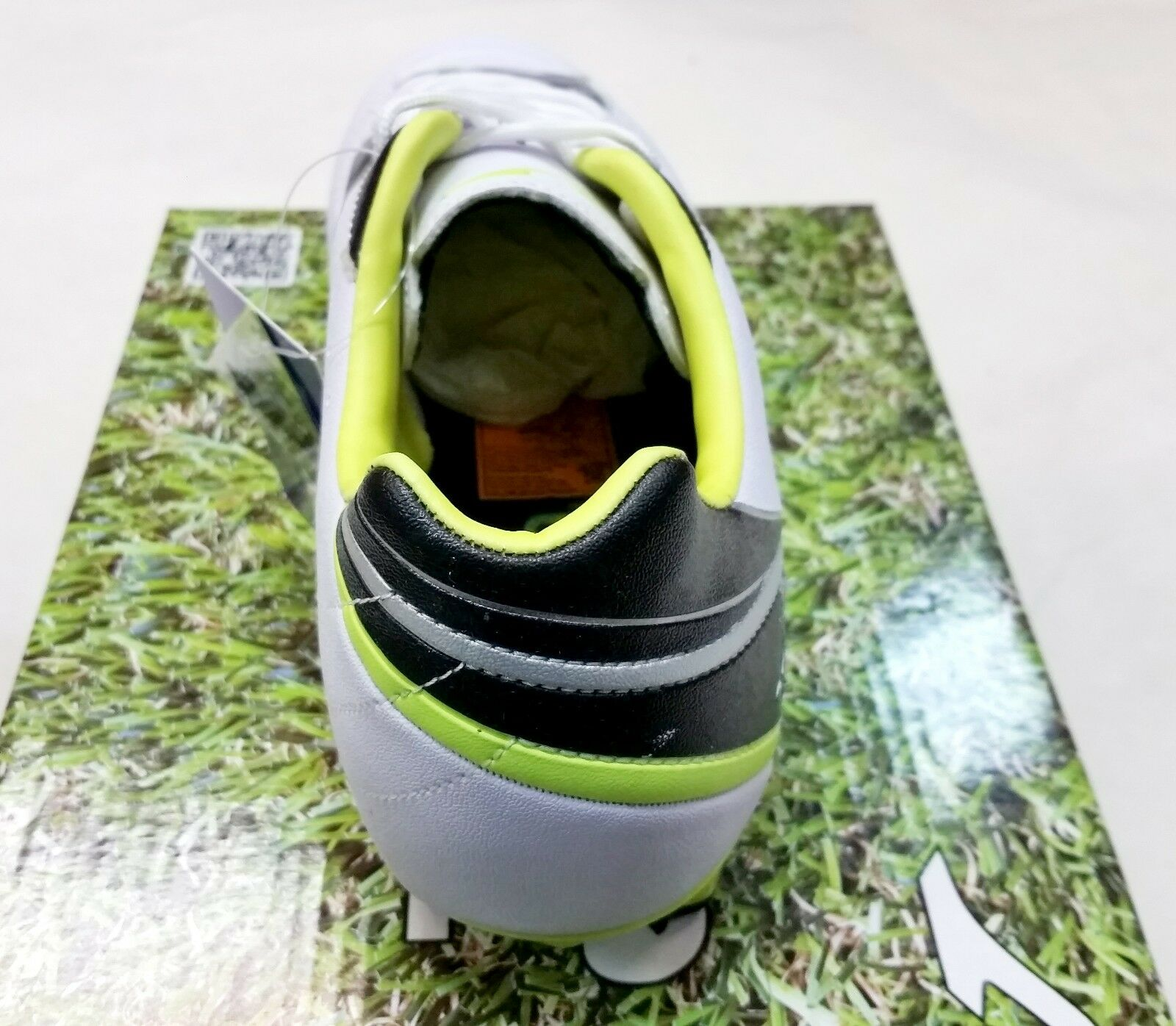 76801744b ... Authentic Joma Aguila 602 White Firm Firm Firm Ground Soccer Cleats  d21723 ...