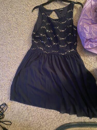 prom dresses used