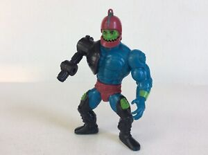 He-man-MOTU-TRAP-JAW-Figure-Masters-of-the-Universe-1981-Raised-Bar-Malaysia