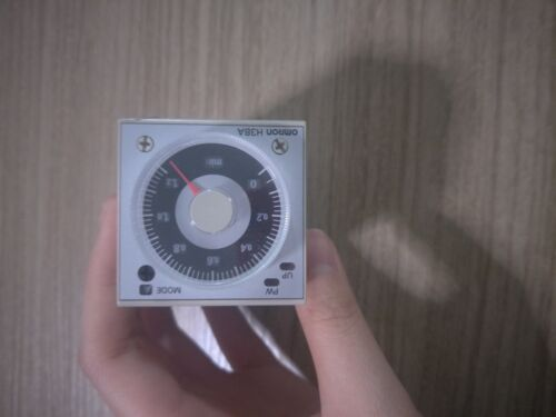 1PC OMRON Relais à temps H3BA-N DC24V