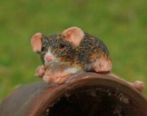 Diorama Rats - G Scale - Six Rats plus Garbage Pile Junk Scene