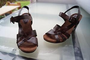 huge discount 74f09 be091 Details zu schicke CLARKS Damen Sommer Schuhe Keil Sandalen Gr.8 / 42 Leder  braun NEU #70