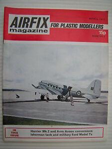 Airfix-Revue-pour-Plastique-Modelisateurs-Avril-1971-Militaire-Modelage-Etc