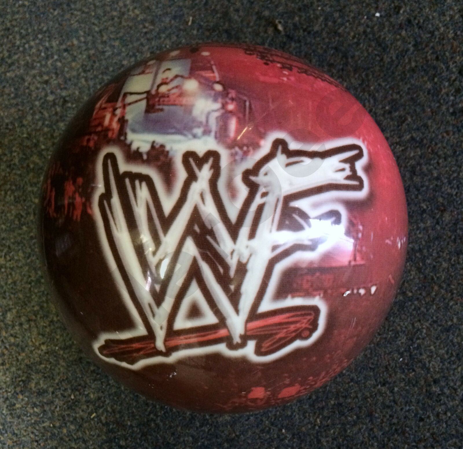 WWF Bowling Ball--Classic--Licensed--VINTAGE COLLECTOR ITEM  --- WWF   WWE