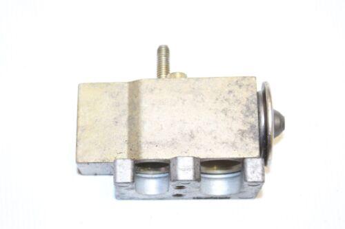 Smart Fortwo 450 clima aire acondicionado válvula de ángulo expansión válvula 0001266v002