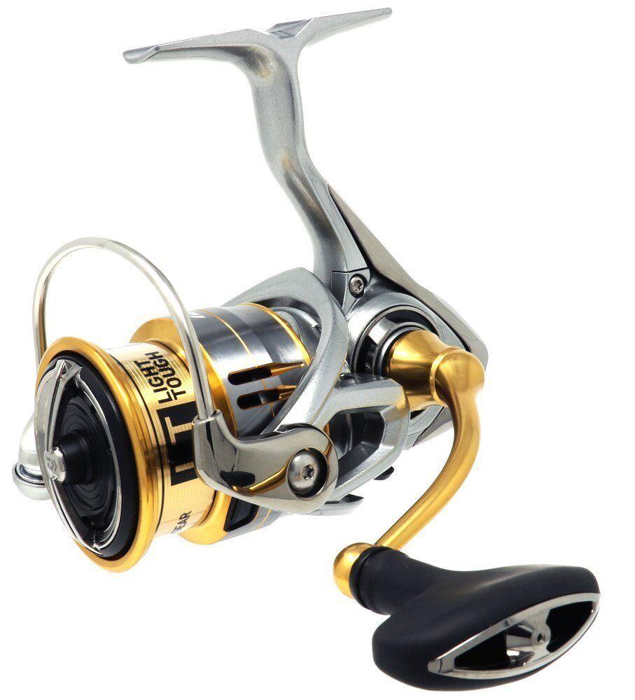 Daiwa Spinning Reel De Pesca 18 freams LT3000S-CXH de Japón marca nuevo en caja