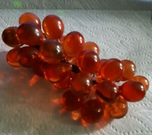 Vintage-Lucite-Acrylic-Glass-Red-Amber-Grape-Cluster-Retro-Mid-Cent-Modern-60-s