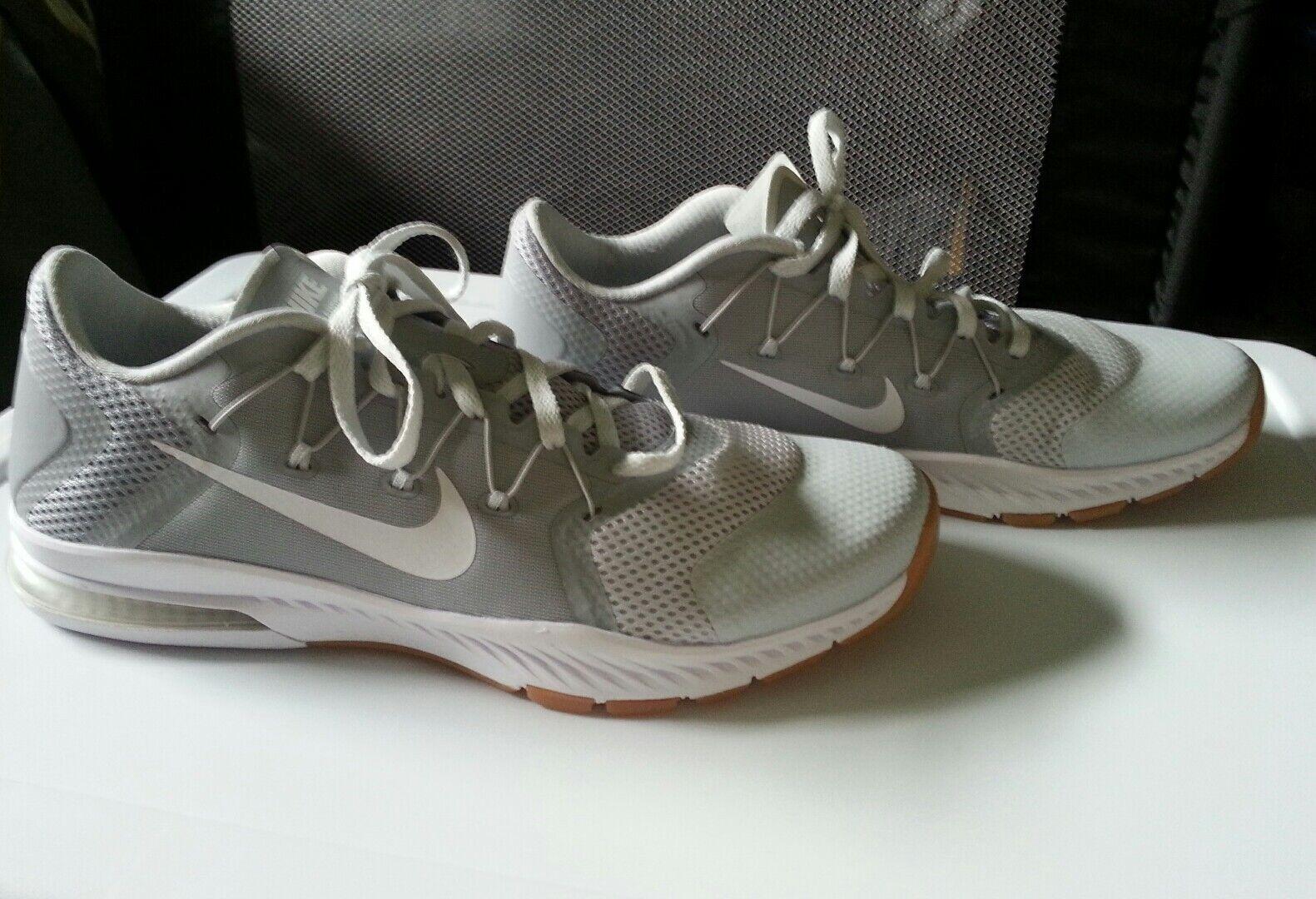 Nike Hommes Training Blanc Chaussures 82119-005 gris / Blanc Training  Taille 10.5 NWOB a2b622