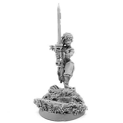 28mm scale G-GOOD WIDOW OF VENGEANCE WITH SWORD