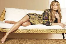 Jennifer Aniston Unsigned 8x12 Photo (53)