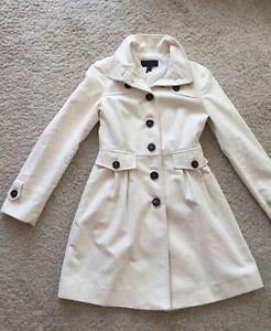 schön billig Preis bleibt stabil Leistungssportbekleidung NEU Mango Fashion Damen Mantel in Weiß Größe S Trendy und Stilvoll ...