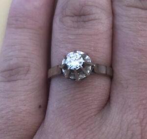 Jolie Bague Solitaire En Or Blanc 18k Poincon Joli Diamant Blanc Taille 53 Ebay