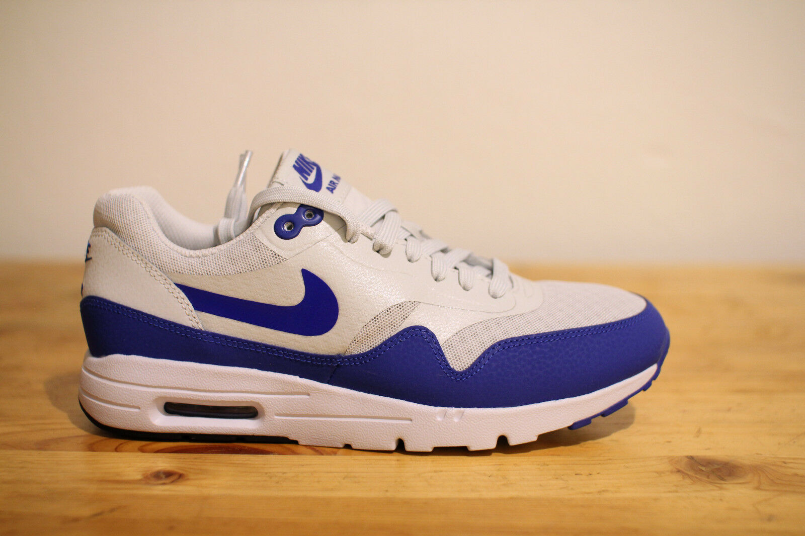 Nike Air  Max 1 Ultra Essentials blu   grigio Gr. 39 UK 5,5 NEU &OVP  negozio online