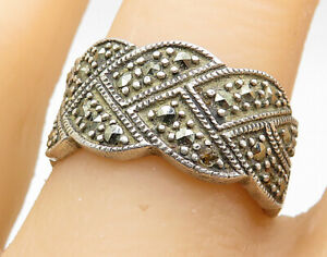 925-Sterling-Silver-Vintage-Marcasite-Detailed-Wavy-Band-Ring-Sz-8-R7431