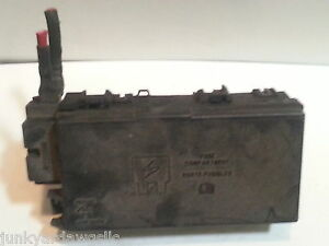Ford explorer rwd dr v xlt fuse box block relay panel used