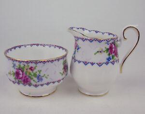 Small-Creamer-Sugar-Bowl-Royal-Albert-Petit-Point-vintage-England