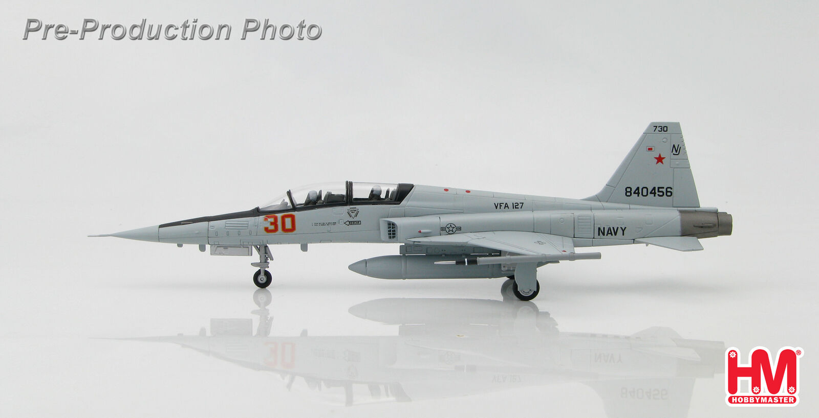 Hobby Master HA3353  1:72  F-5F Tiger II USN VFA-127 Desert Bogeys Nevada