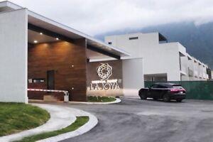 Casa a estrenar en Renta Residencial La Joya Cumbres Monterrey