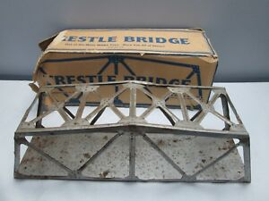 Marx-Illinois-Central-Toy-Train-Trestle-Bridge-All-Metal-Rusted-Bent