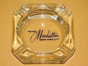 VINTAGE-HOTEL-MANHATTAN-NEW-YORK-CITY-GLASS-ASHTRAY