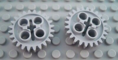 LEGO LOT OF 25 LIGHT GREY TECHNIC GEAR 24 TOOTH WITH AXLE HOLE