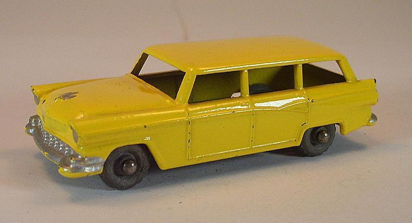 MATCHBOX REGULAR  Wtalons Nº 31 A FORD Stationwagon jaune PL LESNEY  167  le style classique