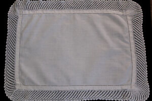 Vintage-white-linen-tray-cloth-with-crochet-edges