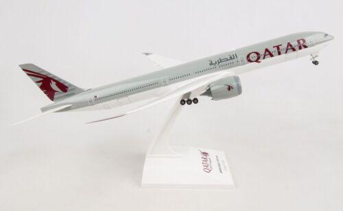 Skymarks SKR1014 Qatar Airways Boeing 777-900 Desk Display 1//200 Model Airplane