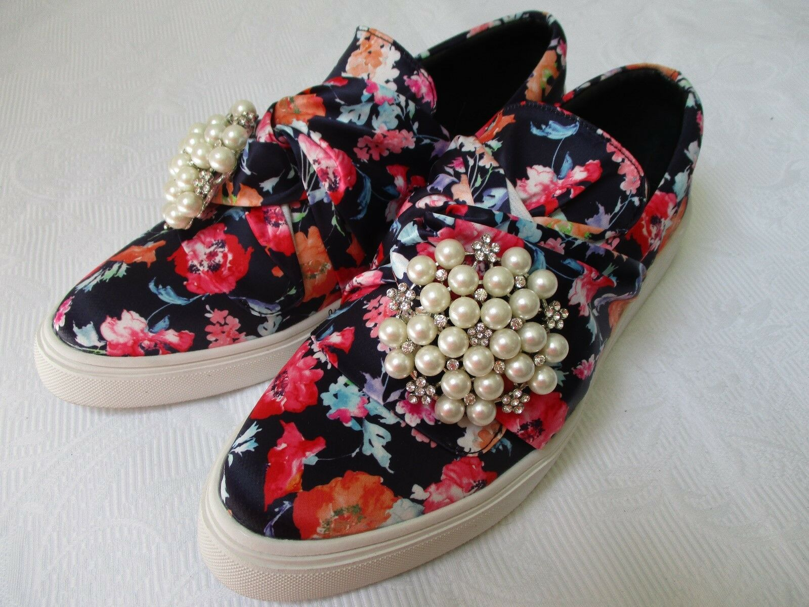 WENDY WILLIAMS BROO FLORAL 7 DESIGN Schuhe SIZE 7 FLORAL 1/2 W - NEW 282f46