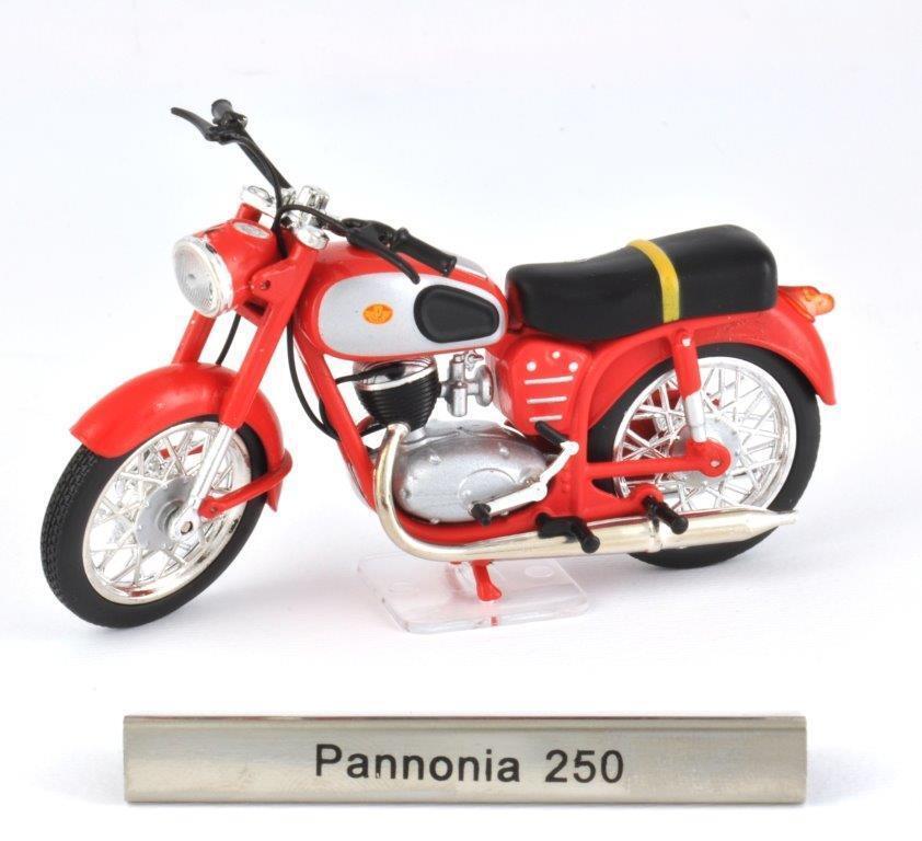 Pannonia 250 Scale 1 24 Motorcycle Model of Atlas